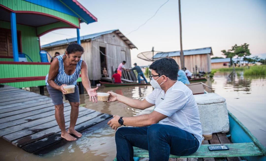 Jenilson visita e presta apoio às famílias de áreas alagadas em Tarauacá